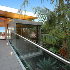 Modern Exterior by Bayview Design Group Australia