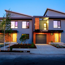 Modern Exterior by PDX Living, LLC
