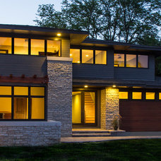 Contemporary Exterior by WEST STUDIO Architects & Construction Services