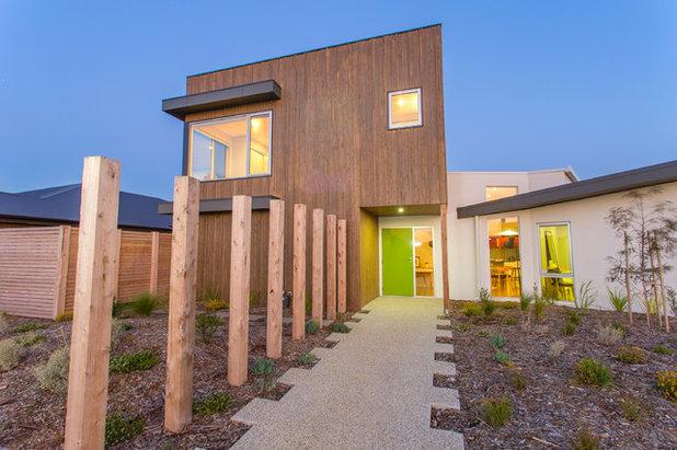 Contemporary Exterior by DE atelier Architects