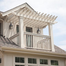 Exterior by Oakley Home Builders