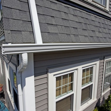 """Odyssey 4"""" Clapboard Siding (Storm) with Owens Corning Estate Gray Roofing"""
