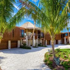 Tropical Exterior by Michael K. Walker & Associates Inc.