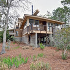 Miller House Transformed Raised Ranch Traditional