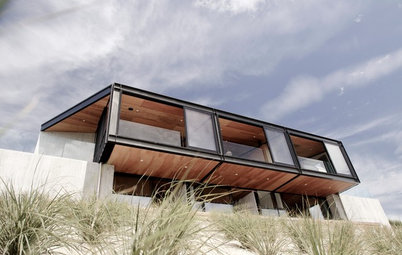 Houzz Tour: Christchurch Cliff Hanger
