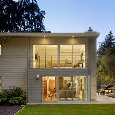 Modern Exterior by Nick Noyes Architecture