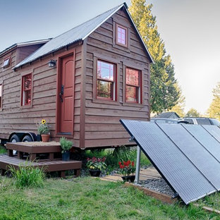 Example of a small mountain style exterior home design in Seattle