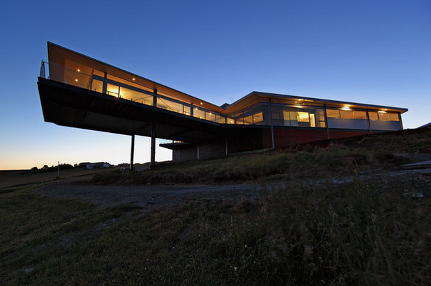 Building a house on a slope for Architecture equilibre