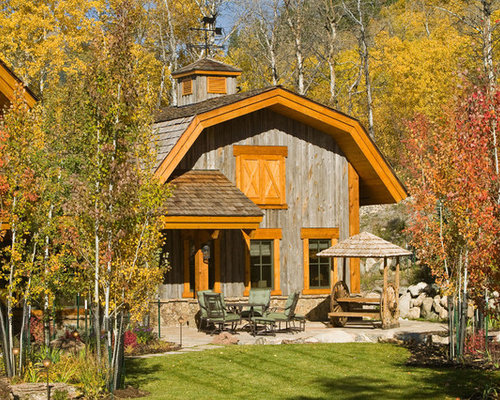 Country One Story Exterior Home Photo In Denver With A Gambrel Roof