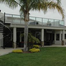 Modern Exterior by Westside Remodeling, Inc.
