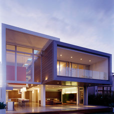Modern Exterior by MINOSA