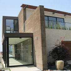 Modern Exterior by Pacific Southwest Builders, Inc