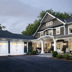 traditional exterior Painted garage doors