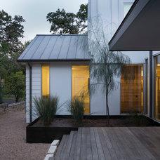 Farmhouse Exterior by Hugh Jefferson Randolph Architects