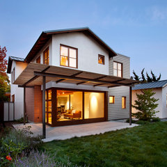 contemporary exterior by Arcanum Architecture