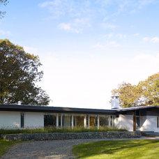 Midcentury Exterior by Billinkoff Architecture PLLC