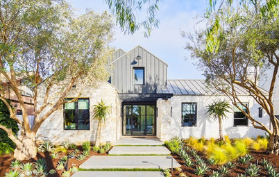 Houzz Tour: Resort-Style Living in Orange County