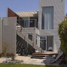 Contemporary Exterior by Studio Sarah Willmer