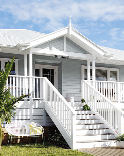 Beach Style Exterior by Dulux Paint