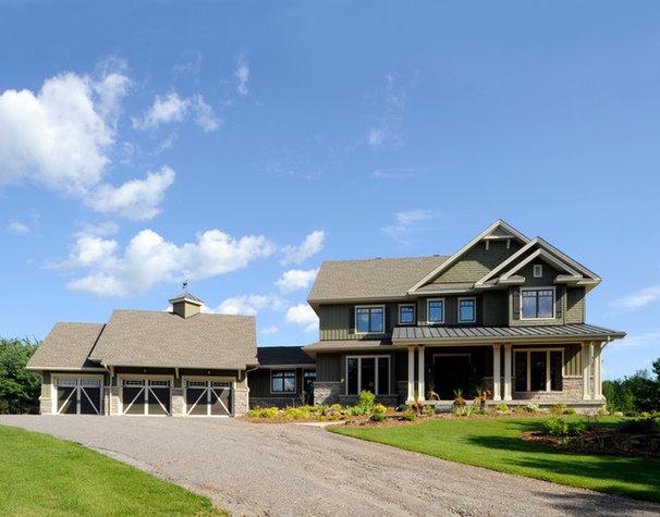 Craftsman Exterior by Chuck Mills Residential Design & Development Inc.