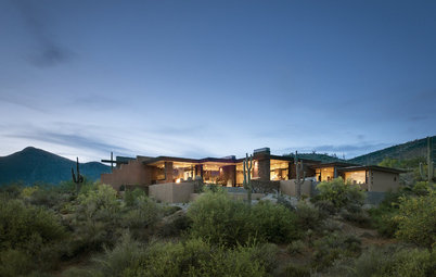 Houzz Tour: A Desert Stunner Highlights Nature