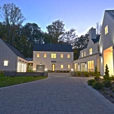 Farmhouse Exterior by Hansen Architects