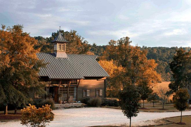 Farmhouse Exterior by Dungan Nequette Architects