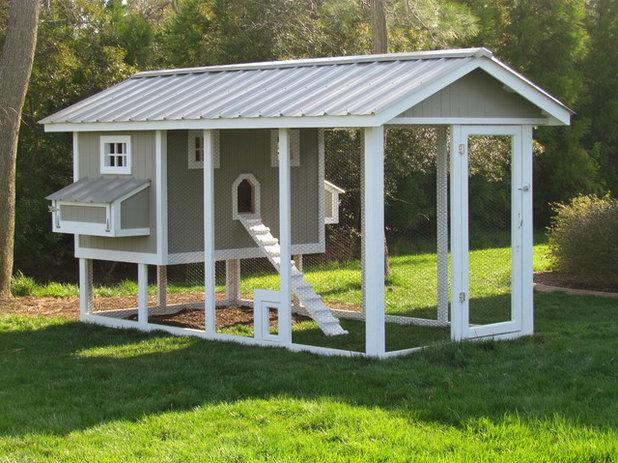 12 fa ons d 39 am nager un poulailler dans son jardin. Black Bedroom Furniture Sets. Home Design Ideas