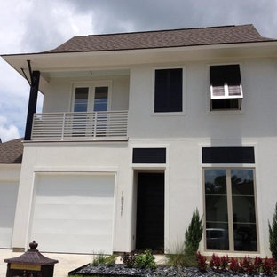 Example of a transitional exterior home design in New Orleans