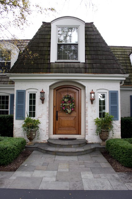 Traditional Entry by O'Connor Brehm Design-Build