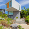 Houzz Tour: Craning Toward the View in Seattle
