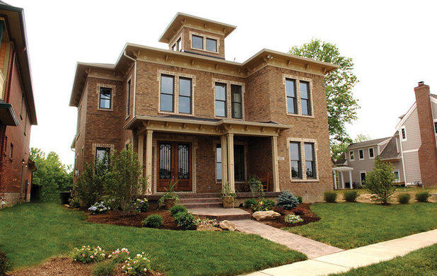 Roots of style italianate architecture romances the u s for Italianate home plans