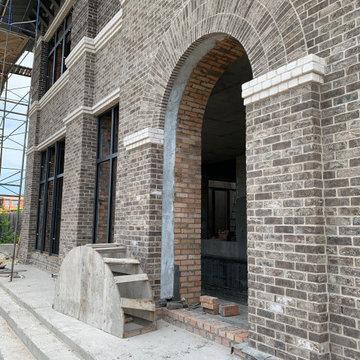Пластика кирпичного фасада