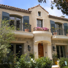 Traditional Exterior by Brandon Architects, Inc.