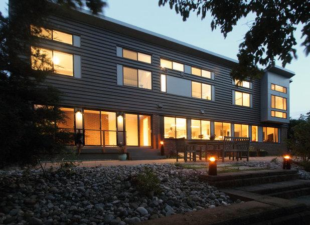 Modern Exterior by Princeton Design Collaborative