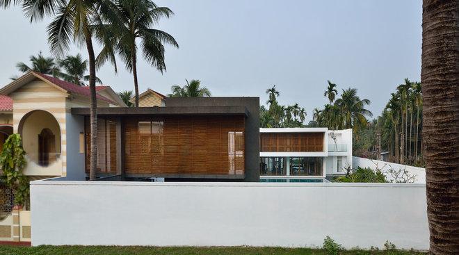 Contemporary Exterior by Abin Design Studio