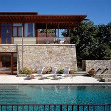 Modern Exterior by Ike Kligerman Barkley