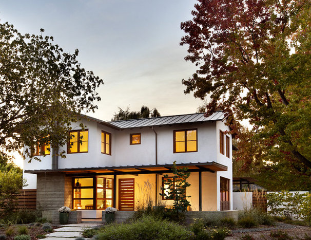 Transitional Exterior by Bernard Andre Photography