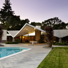 Midcentury Exterior by Bernard Andre Photography