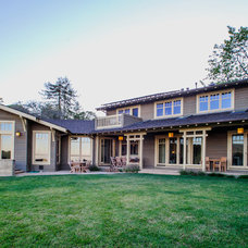 Craftsman Exterior by Mark Pearcy ARCHITECTURE