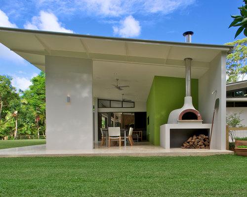 Großes, Einstöckiges, Weißes Modernes Haus Mit Betonfassade Und Pultdach In  Sydney