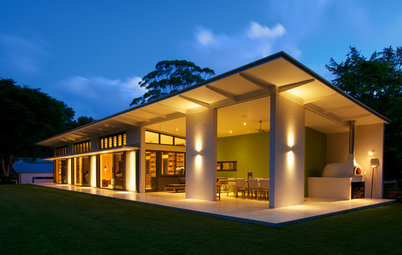 Houzz Tour: Lifestyle Comes First in a Byron Bay Hinterland Haven