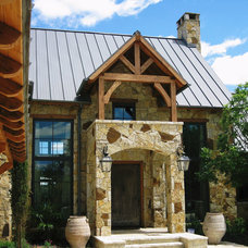 Rustic Exterior by Richard Drummond Davis Architects