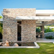 Contemporary Exterior by URBAN VENTURE GROUP, CHARLOTTE