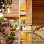 Sd house modern exterior edmonton by thirdstone for Capstone exterior design firm