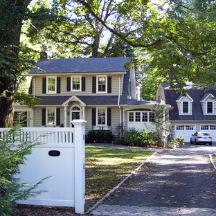 Inspiration for a timeless exterior home remodel in New York