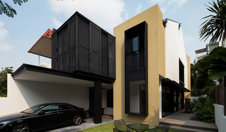 Houzz Tour: House #1 is a Study of Light and Shadow