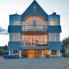 Beach Style Exterior by Pagliaro Bartels Sajda Architects, LLC