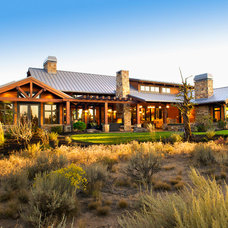 Rustic Exterior by Baylis Architects