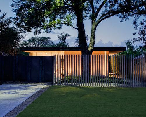 Modern fence houzz for House garden gate design